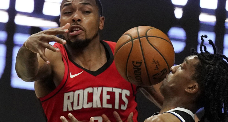 Sterling Brown (Houston) victime d'une agression