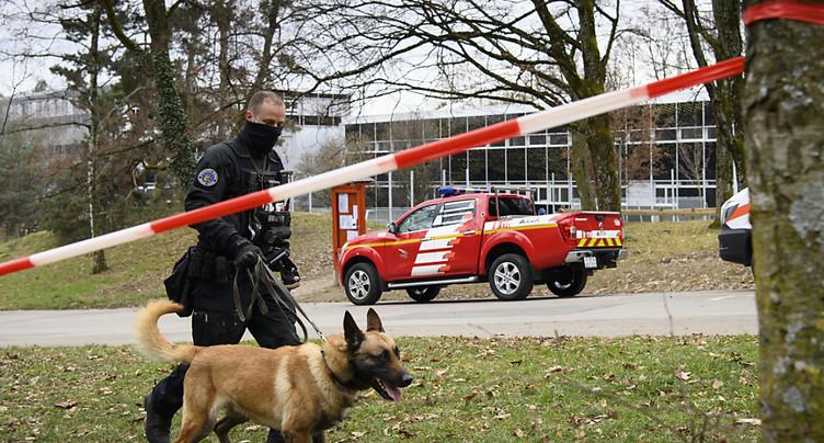 Alertes à la bombe sur Vaud: cinq élèves exclus de leur école