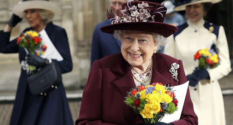 Premier anniversaire sans son époux pour la reine Elizabeth II