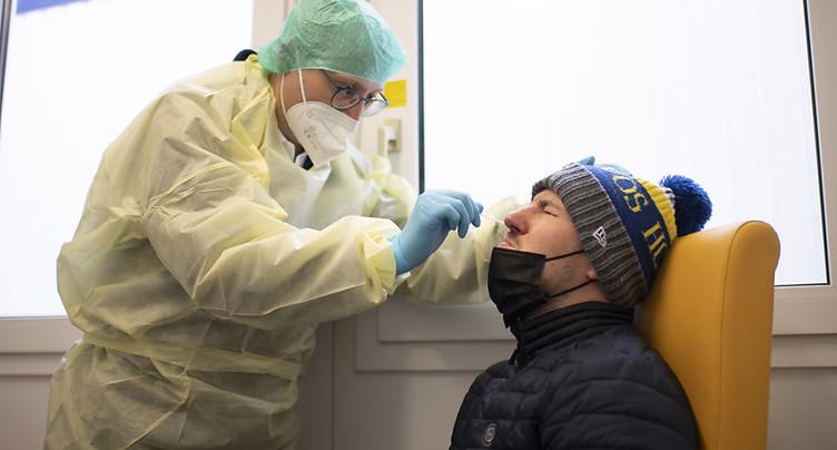 La Suisse compte 2686 nouveaux cas de coronavirus en 24 heures