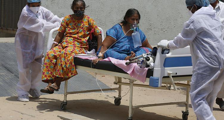 Nouveau nombre record de cas quotidiens recensés en Inde