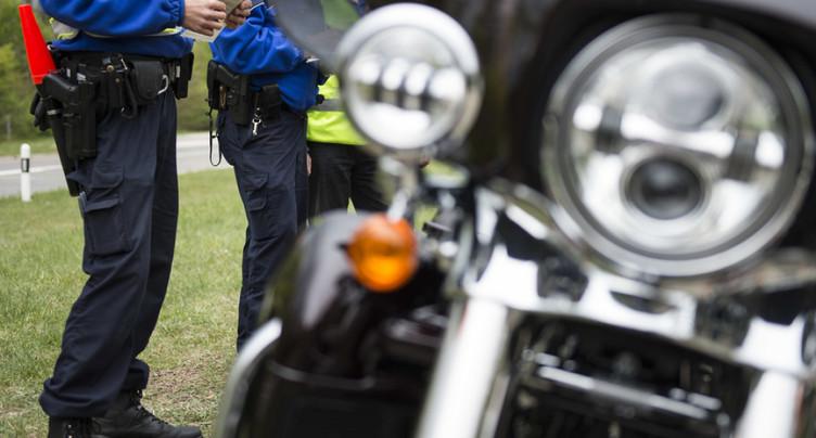Une motocycliste de 25 ans pincée à 159 puis à 261 km/h sur l'A1