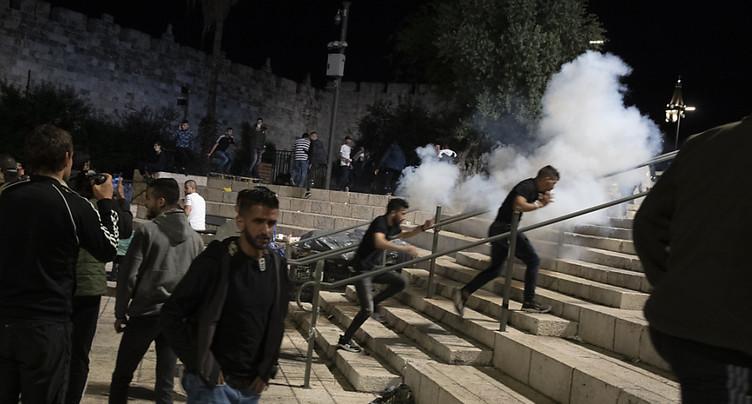 Plus de 160 blessés dans des heurts à Jérusalem