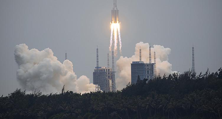 Fusée chinoise: retour incontrôlé sur Terre prévu ce weekend