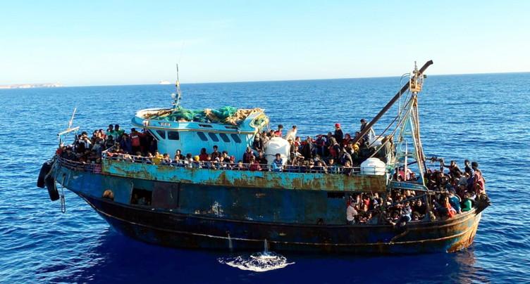 Plus de 1000 migrants arrivent sur l'île italienne de Lampedusa