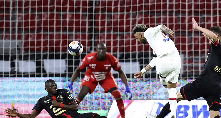 Le PSG s'éloigne du titre