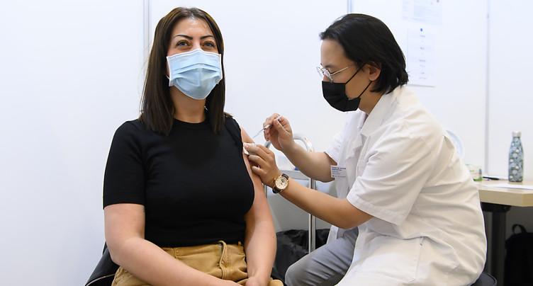 La Suisse compte 3'683 nouveaux cas de coronavirus en 72 heures
