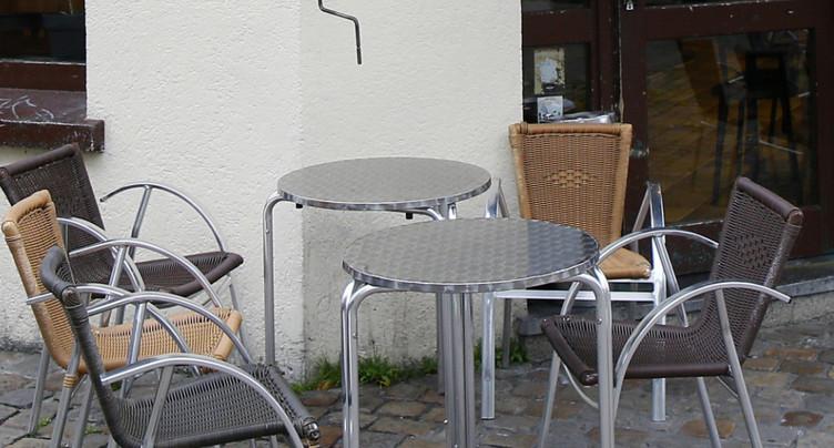 France: Matignon confirme l'ouverture des terrasses le 19 mai