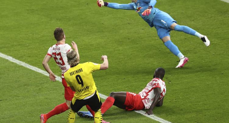 Borussia Dortmund domine Leipzig en finale de la Coupe d'Allemagne