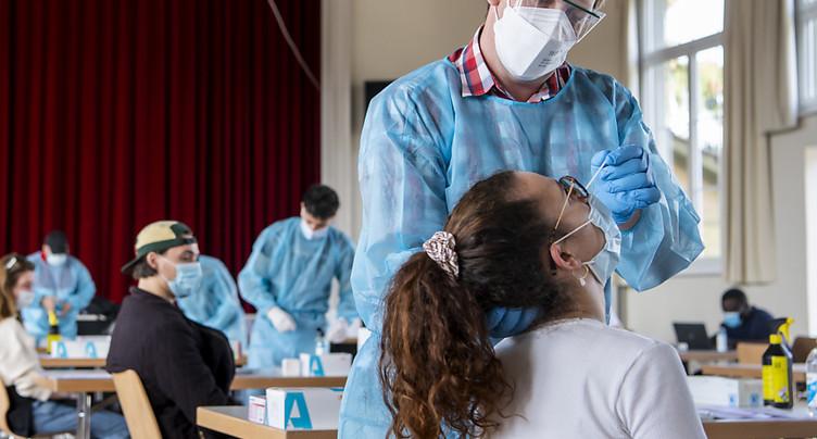 La Suisse compte 2'300 nouveaux cas de coronavirus en 48 heures