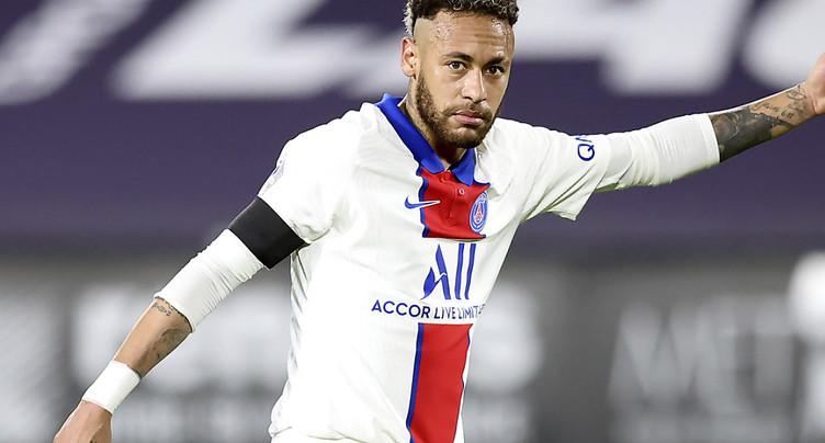 Neymar suspendu pour la finale de Coupe