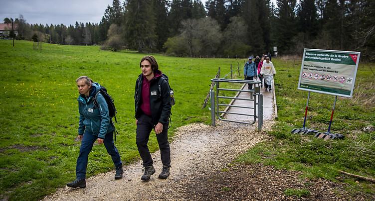 Des guides pour sensibiliser les visiteurs à la nature dans le Jura