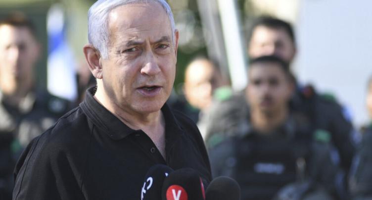 Israël bombarde Gaza, violences en Cisjordanie