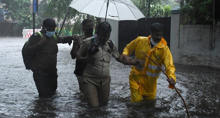 Au moins 24 morts et 96 disparus sur le passage du cyclone Tauktae