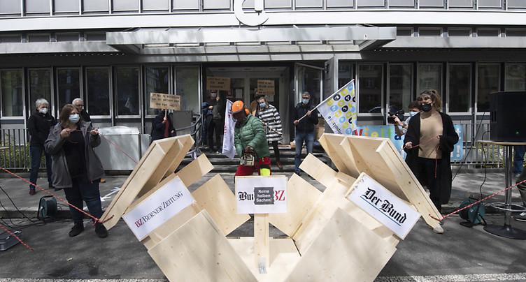 Manif contre le démantèlement de la presse bernoise