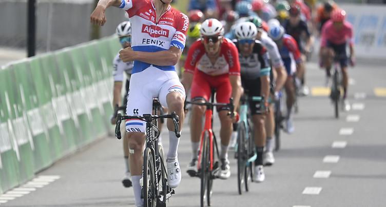 Van der Poel récidive et prend le maillot jaune