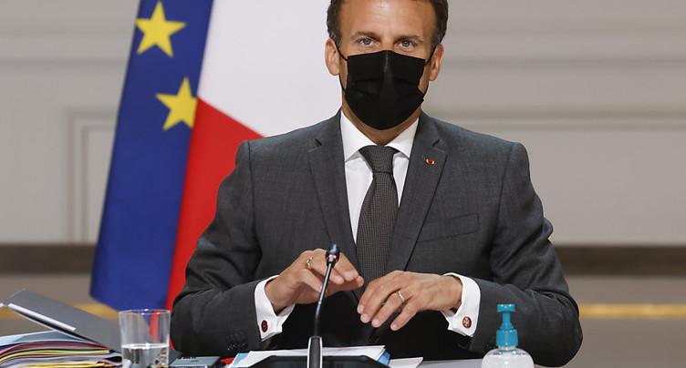 Gifle contre Macron: 18 mois de prison requis contre l'auteur