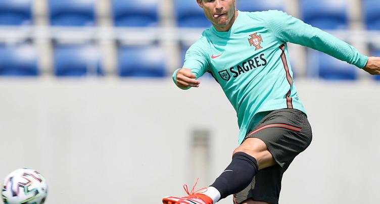 Le Portugal, tenant du titre, doit éviter le faux pas
