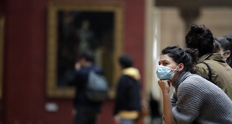 Covid: coup d'envoi de la vaccination des adolescents en France