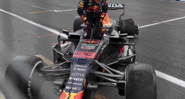 Crash de Stroll et Verstappen à Bakou: Pirelli s'explique