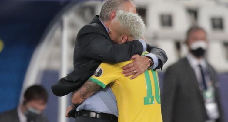 Un neuvième succès de rang pour le Brésil