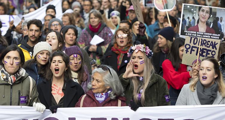 La violence faite aux femmes et la violence domestique augmentent