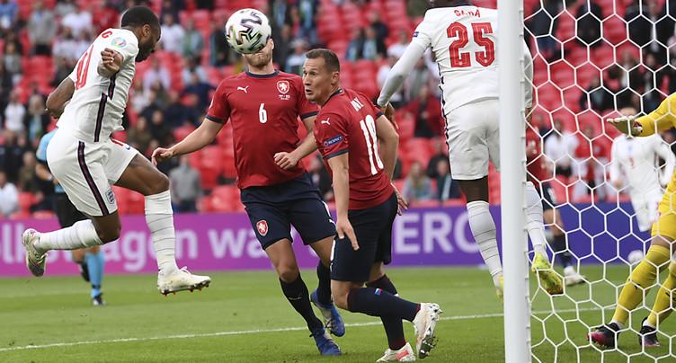 Euro 2021: les Anglais invaincus, la Croatie qualifiée