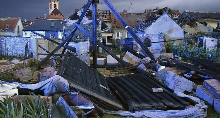 Une tornade fait une centaine de blessés en République Tchèque
