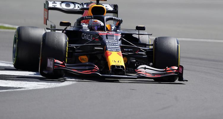Verstappen en pole après sa victoire dans le sprint