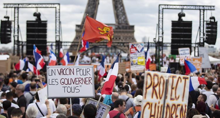 France: « Pour la liberté », des milliers de personnes dans les rues
