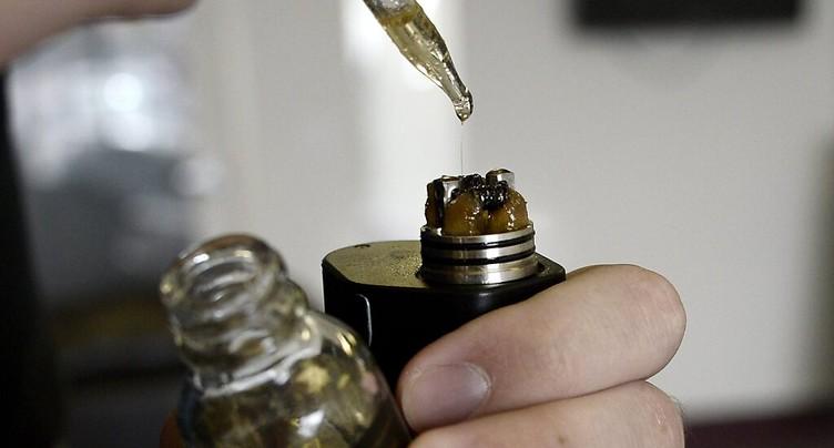 L'OMS alerte contre l'e-cigarette et veut une réglementation sévère