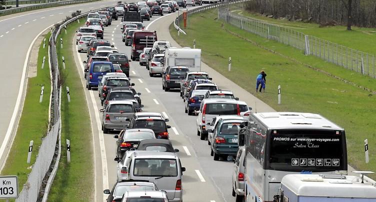 Trafic de retour du sud : long embouteillage devant le Gothard