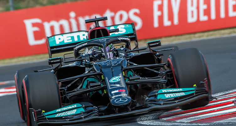 GP de Hongrie: Mercedes monopolise la première ligne