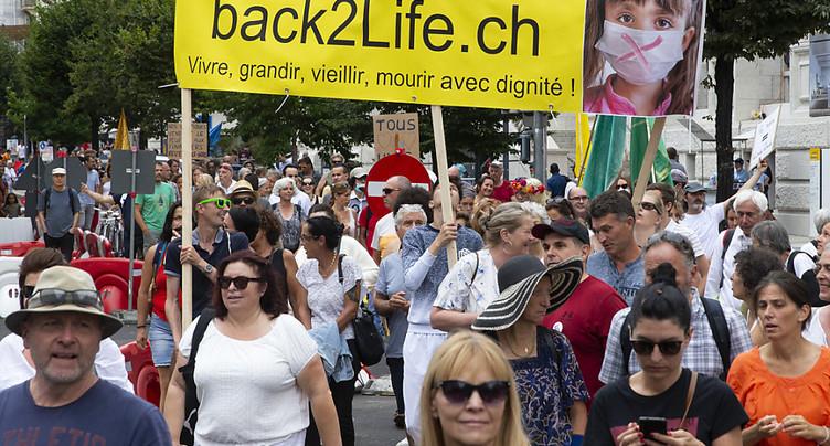 Plus de 300 personnes manifestent à Genève contre les restrictions