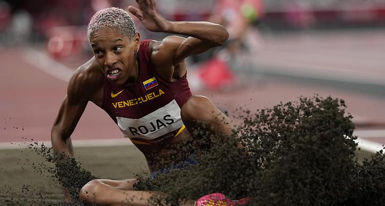 Yulimar Rojas pulvérise le record du monde du triple saut