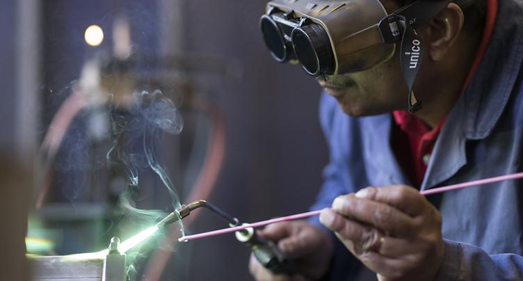Pas de détente en vue pour les PME helvétiques (PMI Raiffeisen)