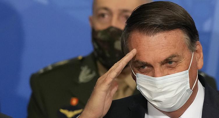 Bolsonaro sous enquête pour dissémination de fausses informations
