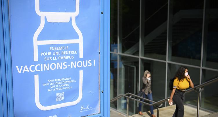 Lausanne: les étudiants se font vacciner sur le campus