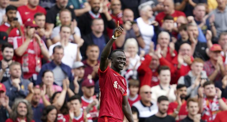 Premier League: Liverpool gagne, Manchester City accroché