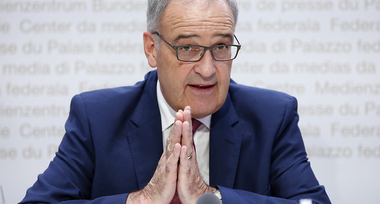 Guy Parmelin ne rencontrera pas Emmanuel Macron en novembre