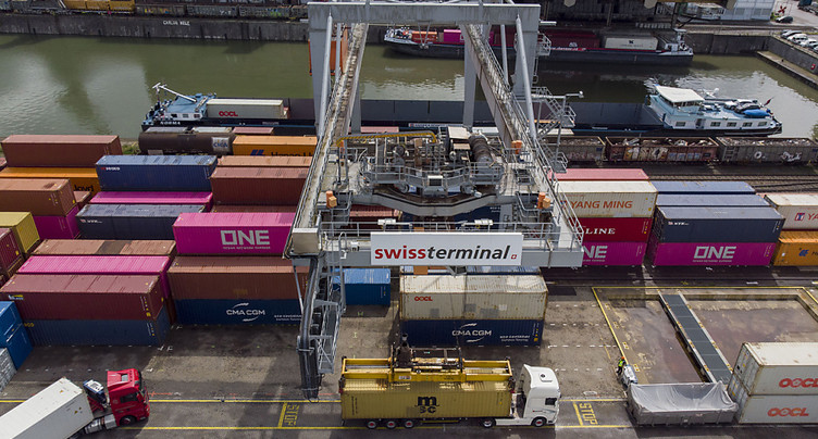Les exportations ont accéléré leur redressement en août