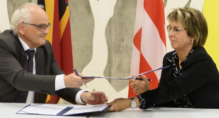 Les gouvernements bernois et jurassien signent la feuille de route