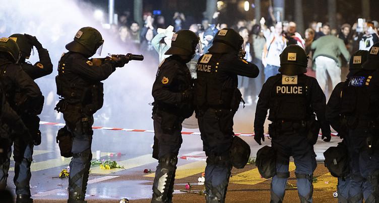 Des anti-Covid sont prêts à des actes de violence, selon un expert