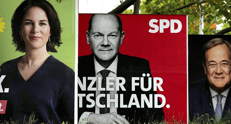 L'Allemagne tourne la page Merkel dans un scrutin incertain