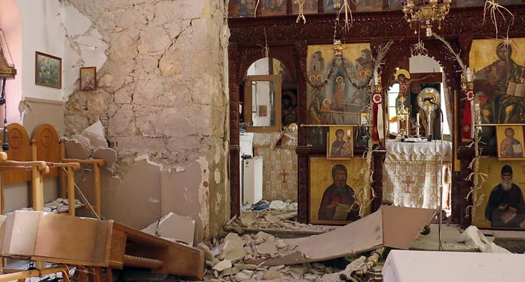 Un fort séisme en Crète fait un mort et onze blessés