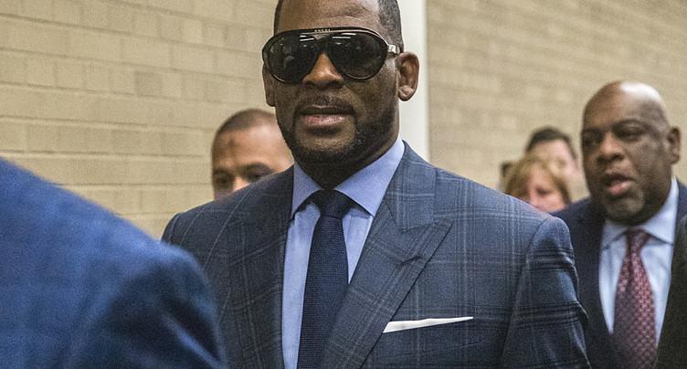 Le chanteur américain R. Kelly reconnu coupable de crimes sexuels