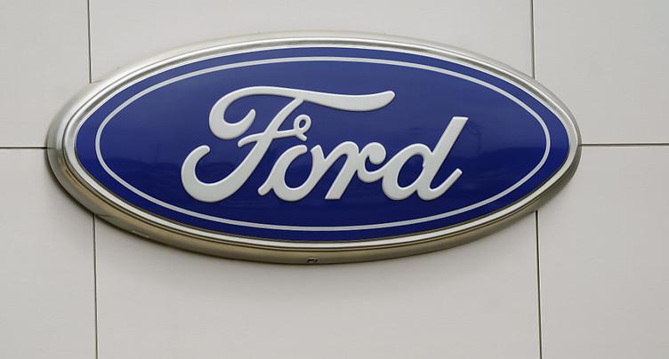 Véhicules électriques: Ford annonce la création de quatre usines