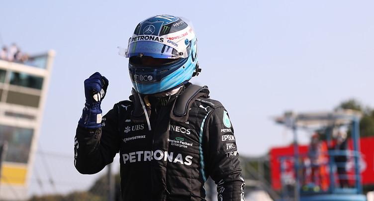 Bottas hérite de la pole position d'Hamilton