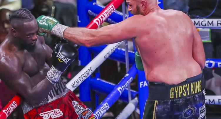 Tyson Fury gagne encore