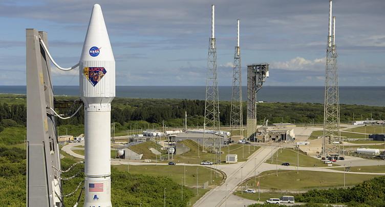 La première mission de la Nasa vers les astéroïdes troyens décolle